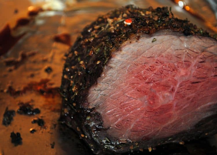Herbed Roast Beef | This comfort food dinner recipe is perfect for a special occasion or Sunday dinner, but easy enough to make any day of the week. Get the recipe from passthesushi.com