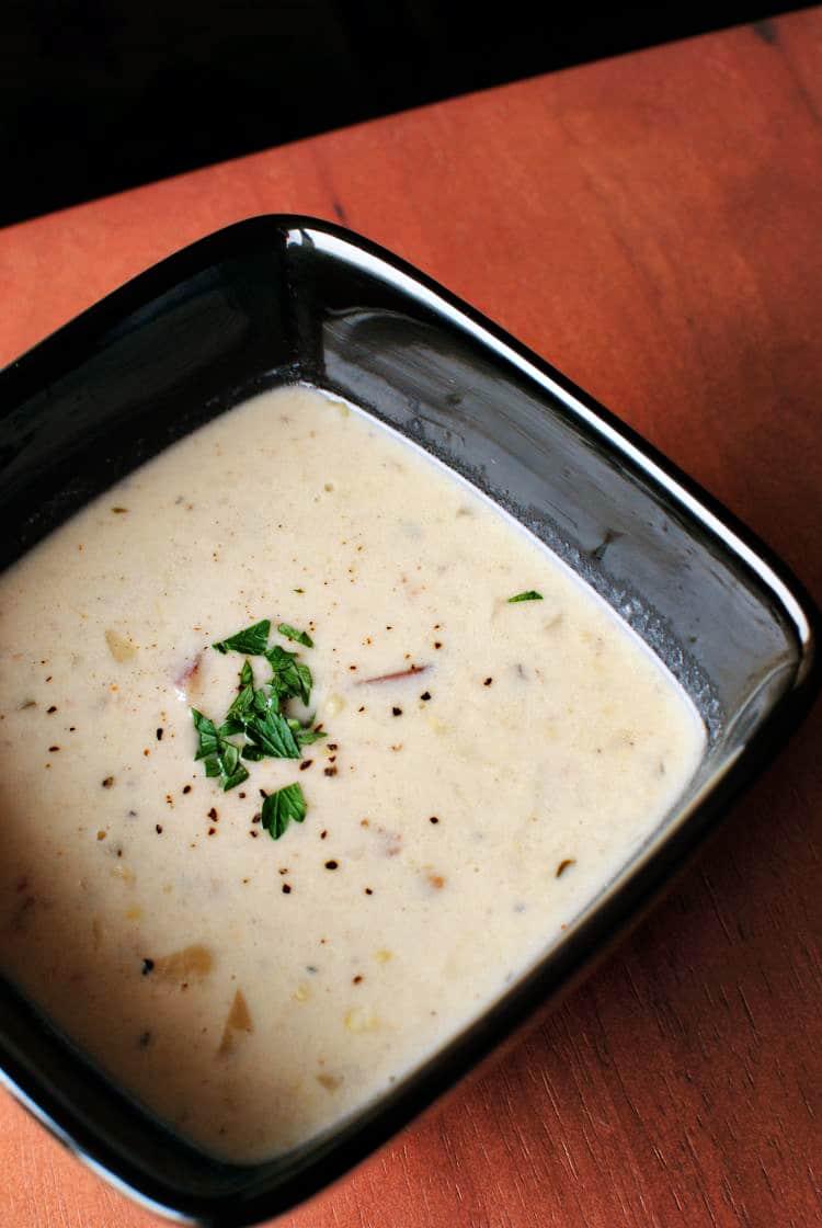 Summer Sweet Corn Chowder \\ Recipe on PassTheSushi.com