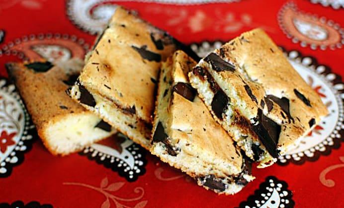 Black and White Chocolate Brownies Recipe \\ PassTheSushi.com