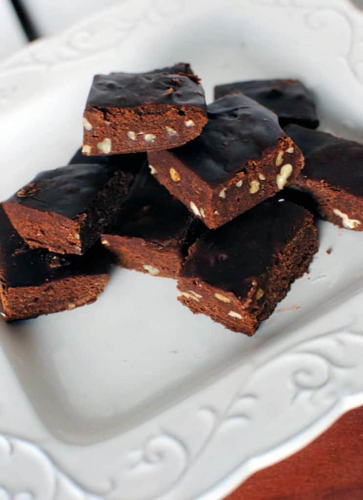 No Fuss Easy Fudge Recipe \\ PassTheSushi.com