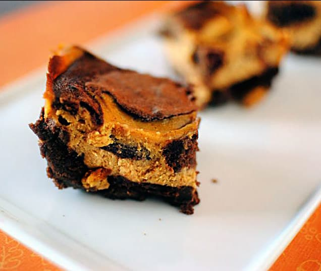 Pumpkin Cheesecake Brownies \\ Recipe on PassTheSushi.com