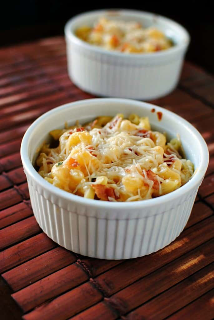 Homemade Macaroni and Cheese \\ PassTheSushi.com