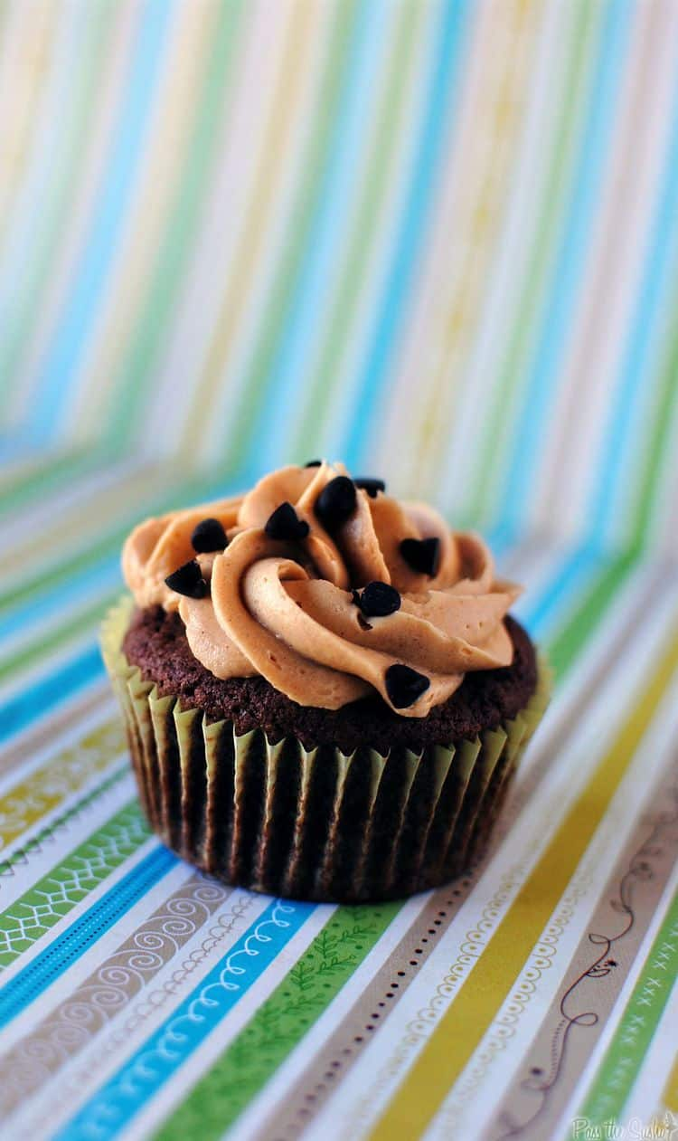 Good deeds gone bad, Brownie Cupcakes with Peanut Butter Frosting