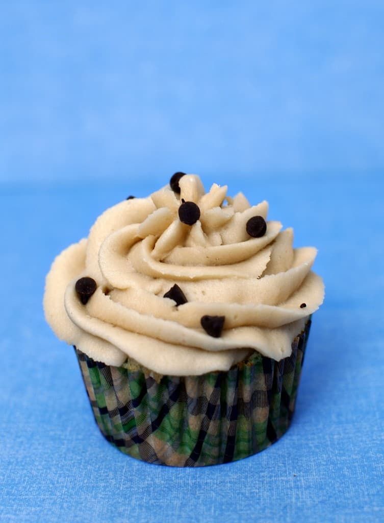 Chocolate Chip Cookie Dough Cupcakes \\ Recipe on PassTheSushi.com