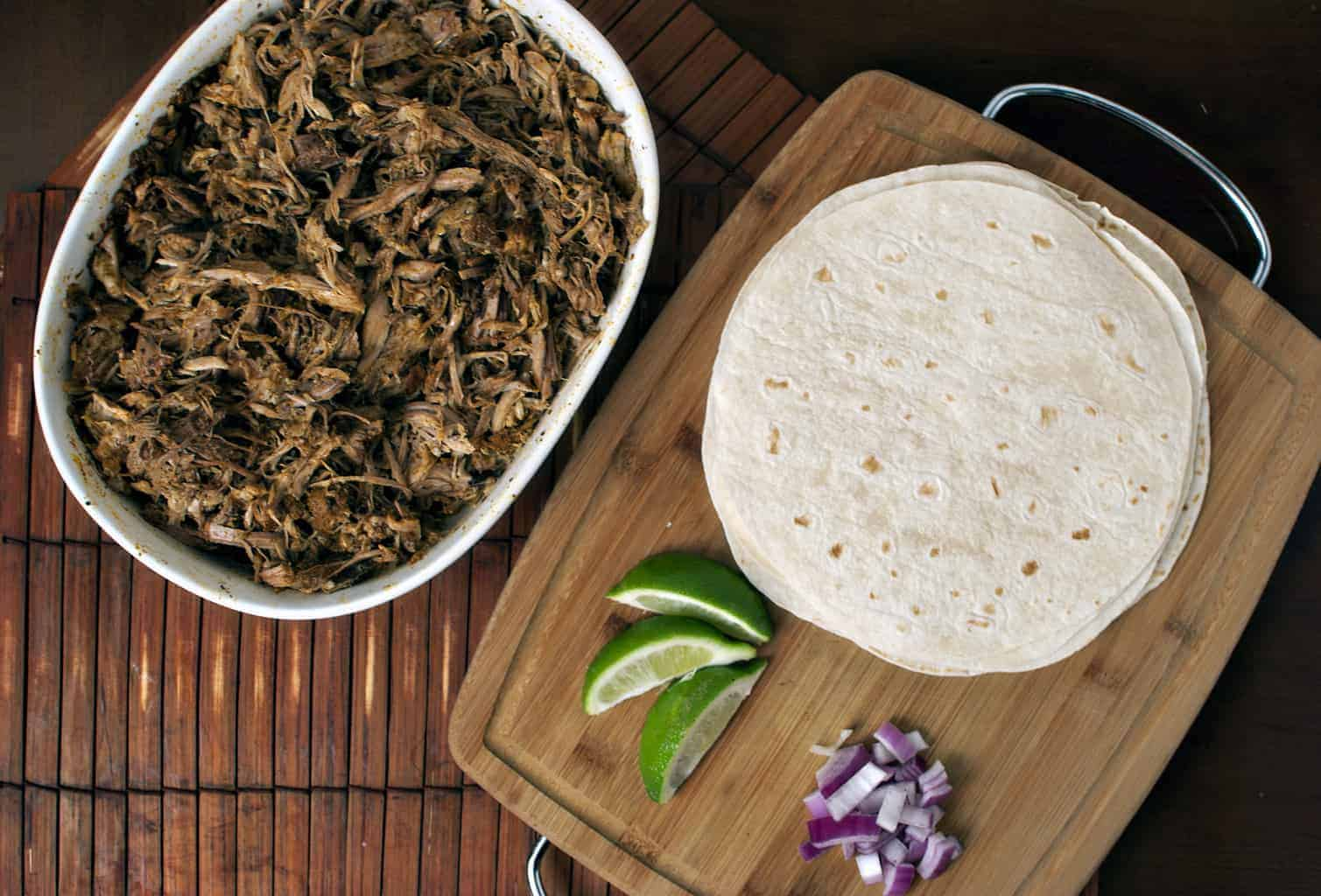 Conchinita Pibil - Barbecued Pork Tacos \\ Recipe on PassTheSushi.com