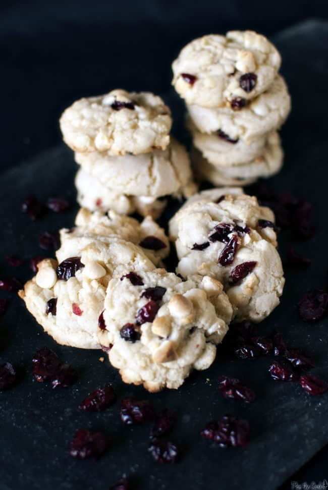 Cranberry white chocolate cookies \\ Recipe on PassTheSushi.com