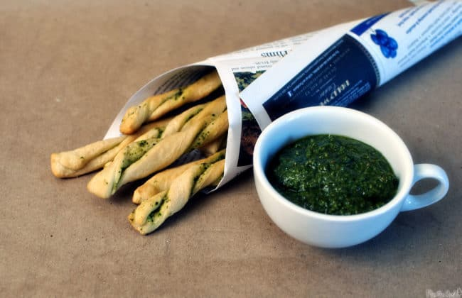 Basil Pesto Bread Sticks \\ Recipe on PassTheSushi.com