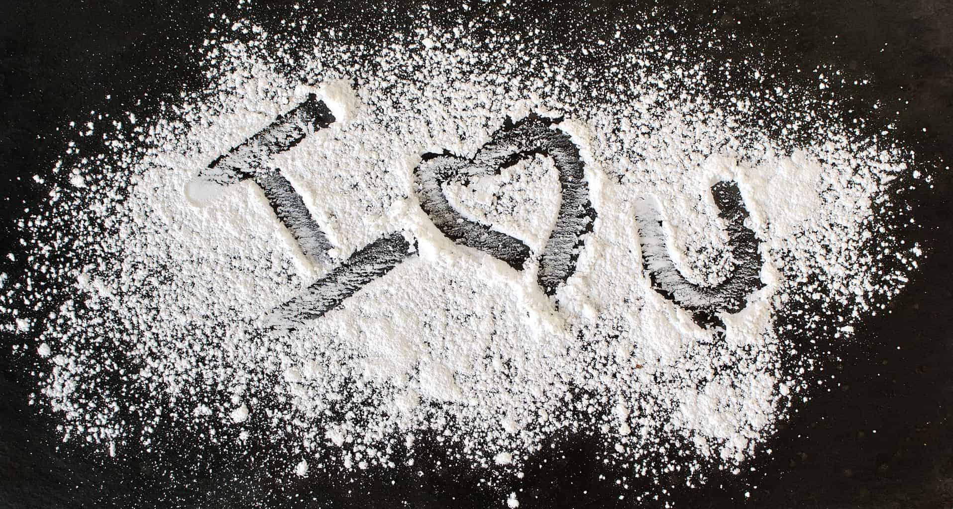 Snapshot Saturday: Powdered Sentiments