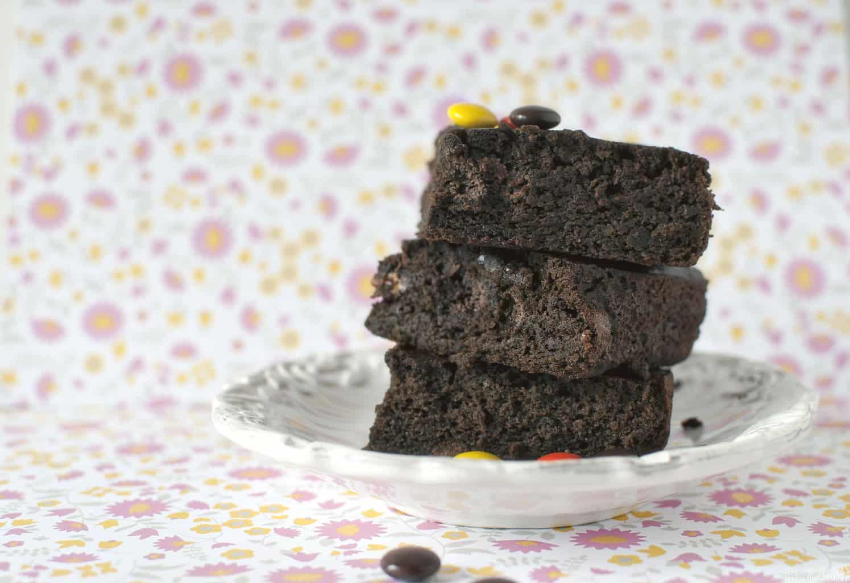 Black Bean Brownies Recipe // PassTheSushi.com