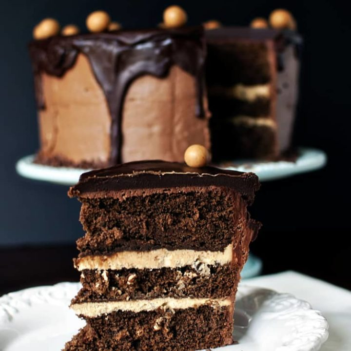 Incredible Chocolate Peanut Butter Birthday Cake Kita Roberts Passthesushi Com Personalised Birthday Cards Beptaeletsinfo