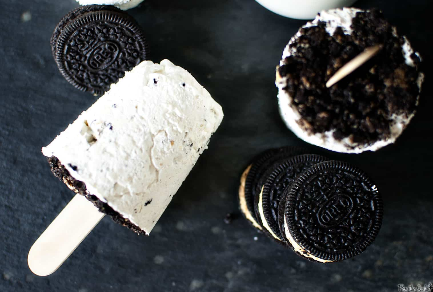 Oreos And Cream Cheese Cake Pops