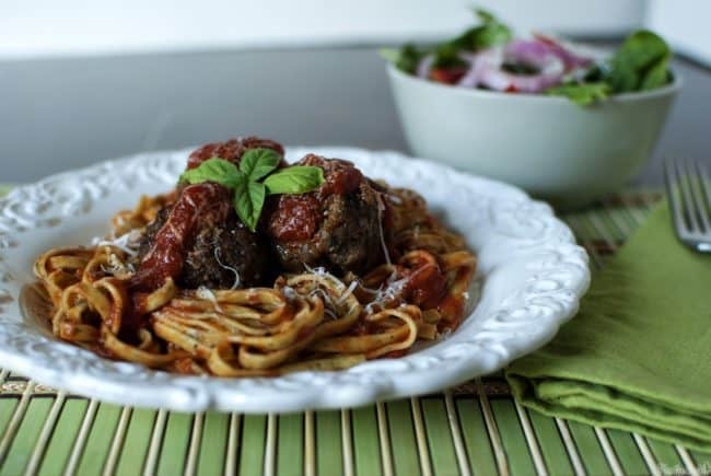 Meatballs and tender pasta, with the flavors of pizza. This easy, comfort food dinner recipe for Meatballs a la Pizzaiola will become a family favorite!  \\ PassTheSushi.com