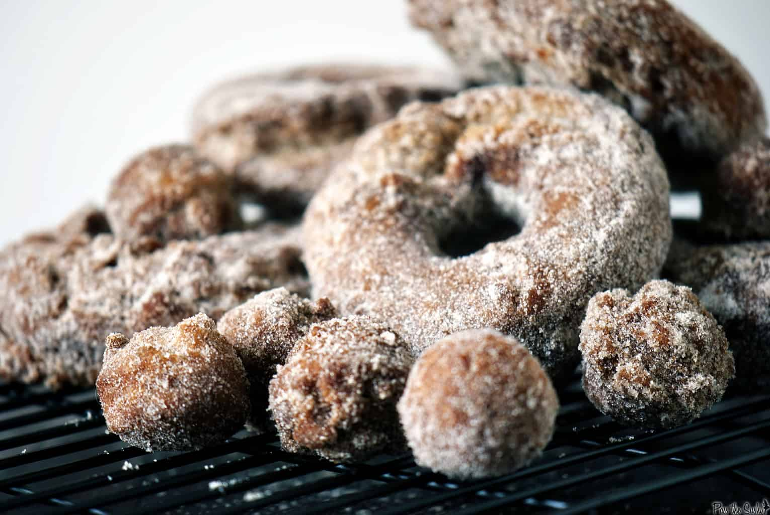 Apple cider doughnuts are the best way to grab a taste of autumn for breakfast! \\ PassTheSushi.com