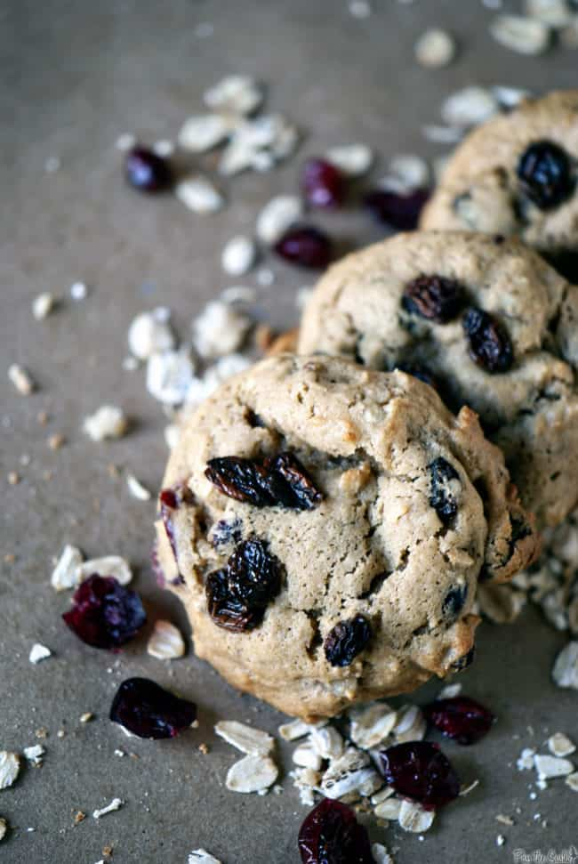Flu fighter cookies, packed with healthy oats, ginger, lemon, and antioxidants. \ PassTheSushi.com