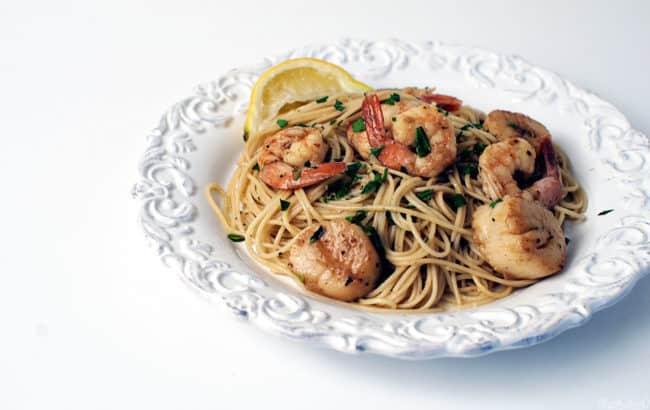 Shrimp and Scallops Seafood Scampi Recipe \ PassTheSushi.com