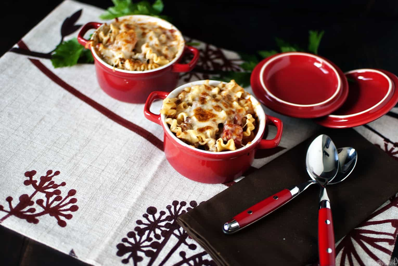 Lasagna soup brings all of the flavor of lasagna to a bowl, but with much less time and effort than it takes to make a full pan of lasagna. | PassTheSushi.com