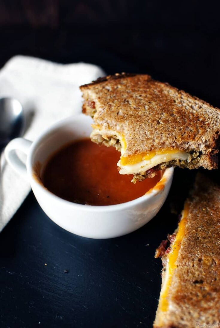 Creamy Slow Cooker Tomato Soup