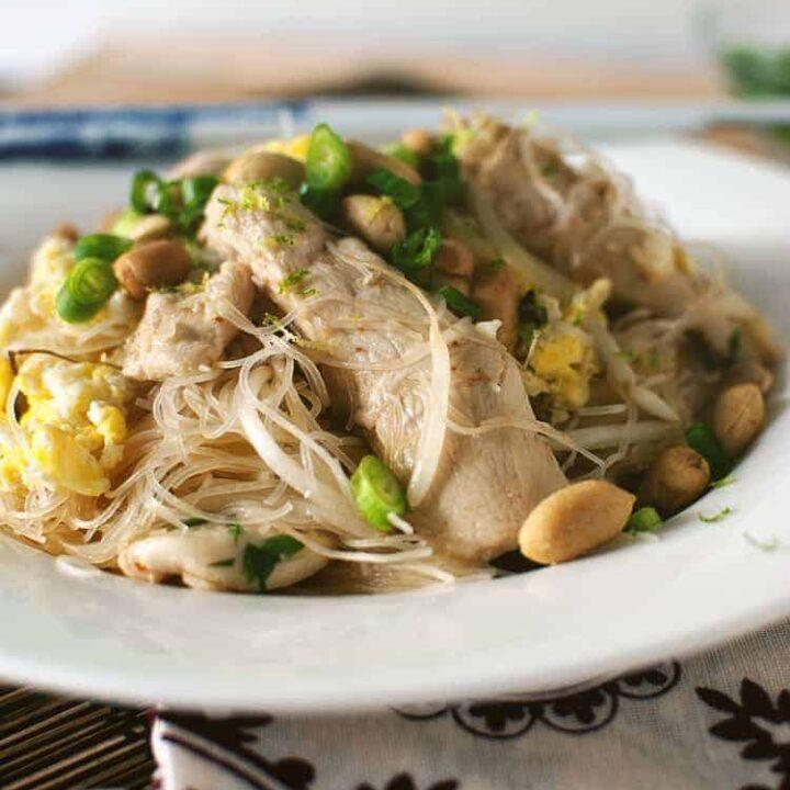 One Skillet Dinner: Chicken Pad Thai