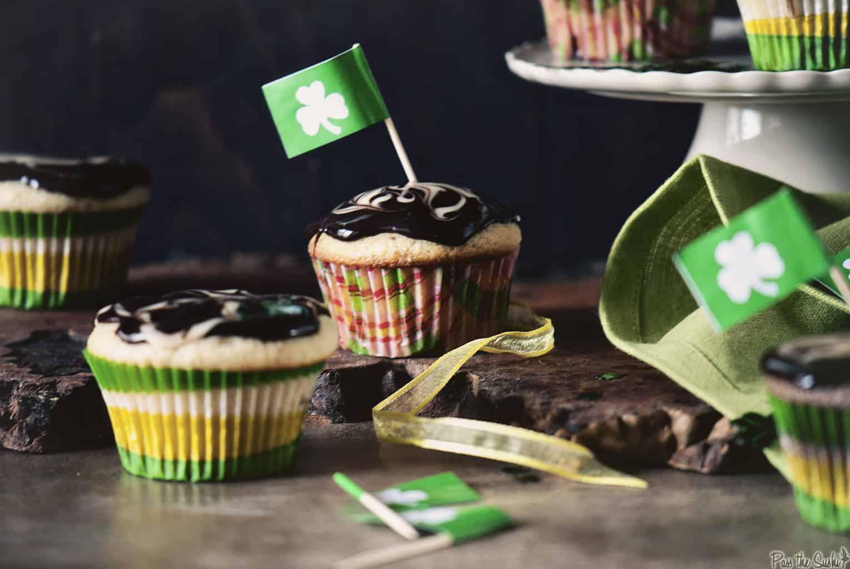 Black and White Irish Cream Cupcakes | Kita Roberts PassTheSushi.com