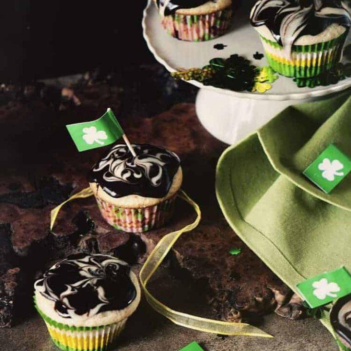 Black and White Irish Cream Cupcakes