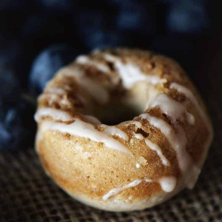 Baked Mini Blueberry Streusel Donuts