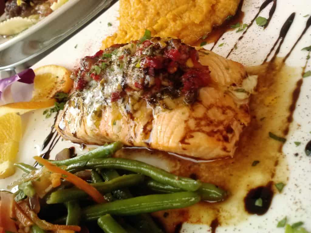 BackFin Blues Bar and Grill Review from PasstheSushi.com