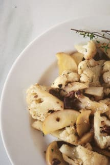 Cauliflower with Apples and Pecans