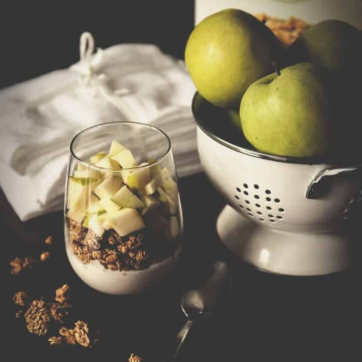 Apple and Granola Breakfast Parfait