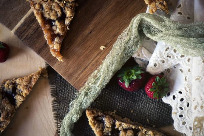 Strawberry Oatmeal Bars | Kita Roberts PassTheSushi.com