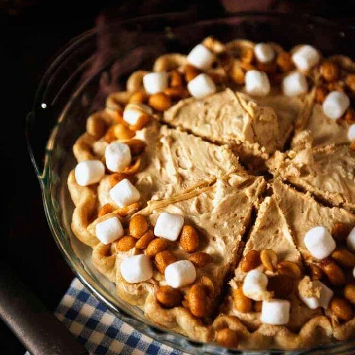Fluffernutter Pie | Kita Roberts PassTheSushi.com