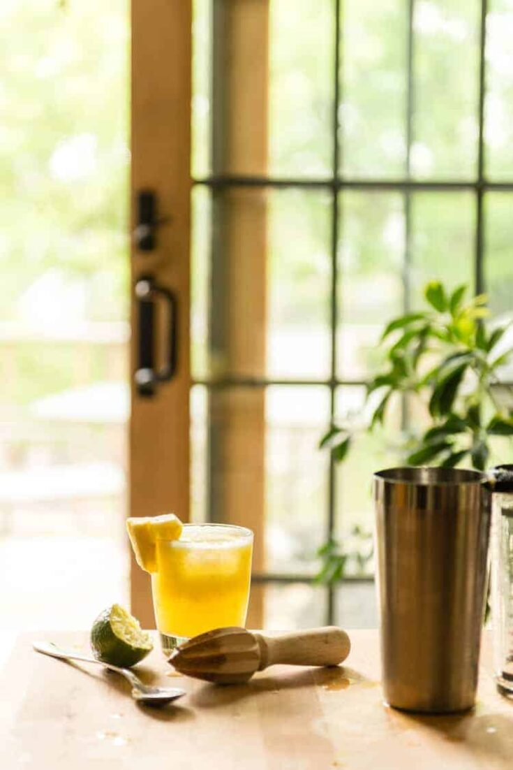 Summer Cocktail: 5 Ingredient Pineapple Margarita