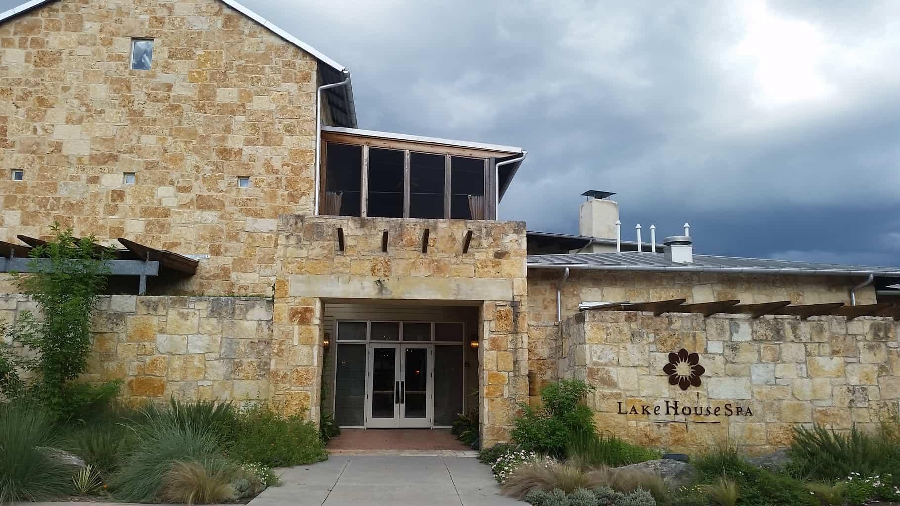 Lake Austin Spa, Austin Texas, Day Trip | Travel Review PasstheSushi.com