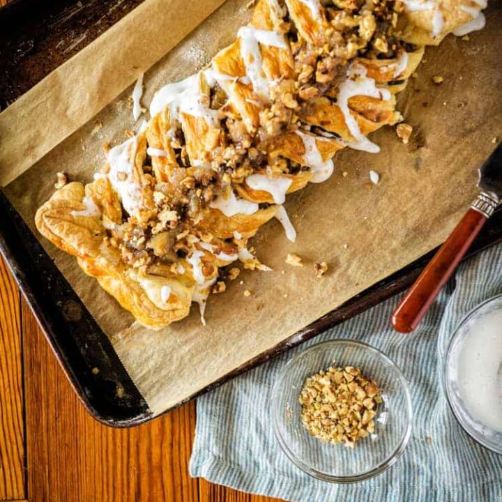 Puff Pastry Austrian Apple Strudel