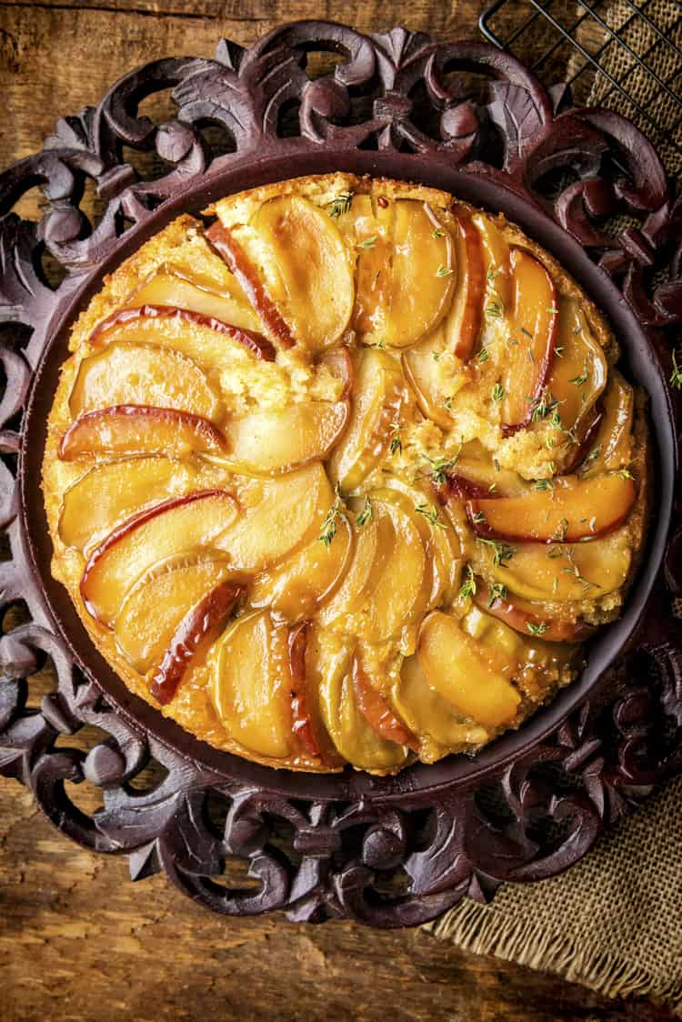 Apple Upside Down Cake Recipe Cast Iron Skillet