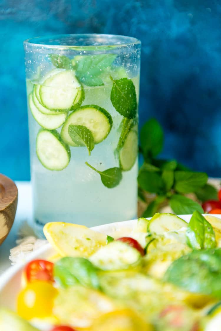 Muddled Mint and Cucumber Cooler Cocktail | Kita Roberts