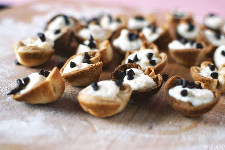 Cannoli Bites | Kita Roberts PassTheSushi.com